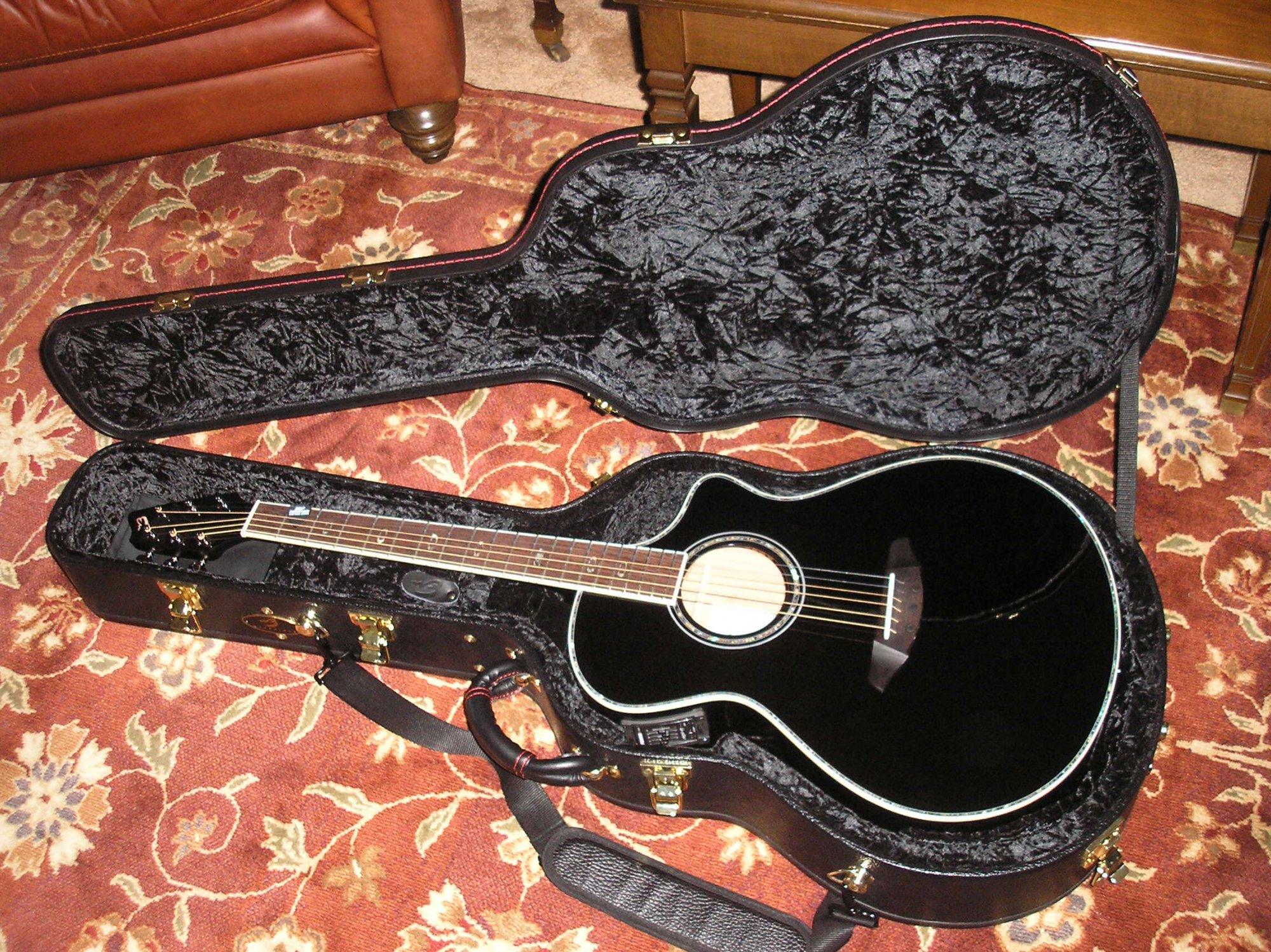 guitar pics 12-31-07 011.jpg